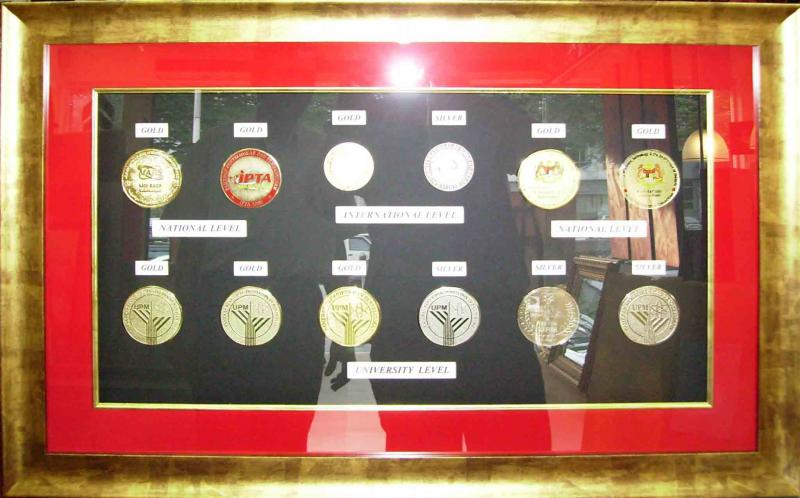 Talens Frames Gallery - Picture framing & Custom framing in Kuala ...